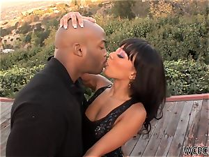 super-cute black honey gets penetrated and spunked by an ebony wood