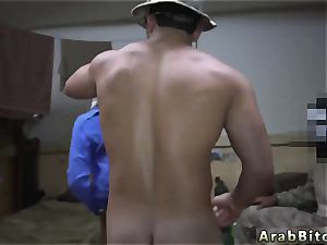 Arab bare in bathroom Operation coochie Run!