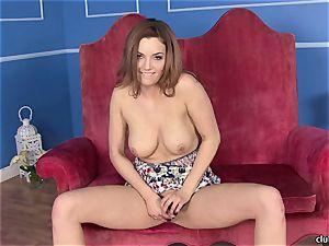 Jayden Cole thrusts her frigs deep in her moist slot