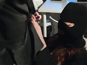 Zara DuRose screwed in her pinkish labia
