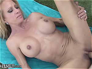 deviant step mom ravishes her sonnies erect beef whistle