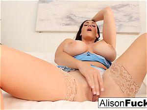 Alison Tyler gropes her puss