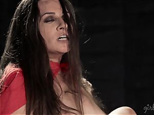 Lebsian soiree with Jelena Jensen and April ONeil
