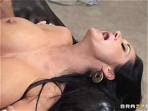 mummy Ava Addams seduced by the TV fellow