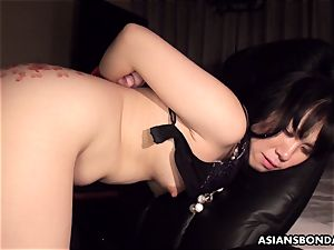 Pouring scorching candle and oil on her culo as shes humped