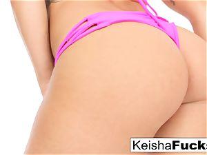torrid superstar Keisha gets her raw snatch torn up
