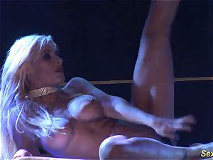 insatiable flexi stepmom nude on stage