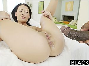 BLACKED nubile Kelly Diamond attempts bi-racial assfuck intercourse