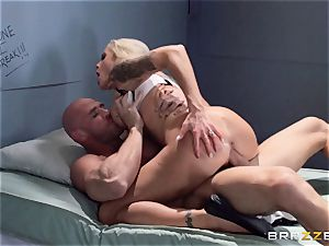 Nina Elle bangs a stunning con in front of her cheating husband