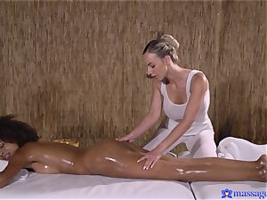 interracial lezzy rubdown gig