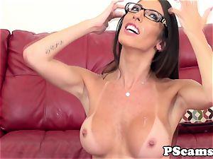 Bigtitted web cam hotty Dava Foxx penetrates