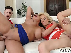 dark haired swinger Candi Coxx screws in front of spouse