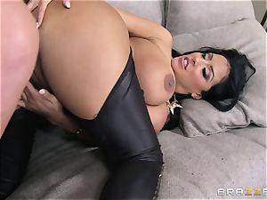 Phoenix Marie presents Kiara Mia to anal