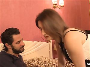 LA beginner - huge-chested French inexperienced luvs xxx fuck