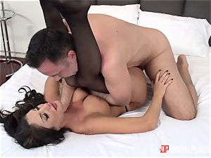 Creaming on the face of August Ames after a steamy rock-hard labia thrashing