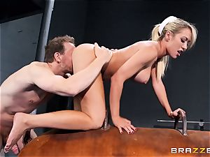 Capri Cavanni finishes her exercise with some ample bone