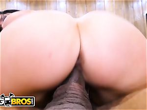 BANGBROS - Ricky Johnson Schedules A rubdown