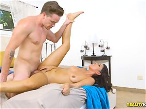 crazy real estate agent Sophia Leone inserts a customers pecker in her gullet