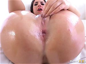 Rachael Madori gets her ass packed with candy and bone