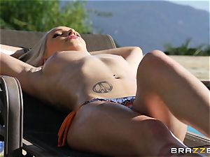 Stevie Shae seduced by Keiran Lee