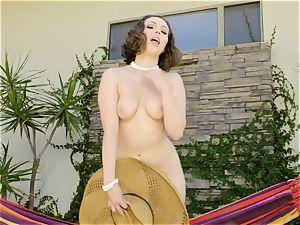 Jenna Sativa flashes off her gash on the hammock