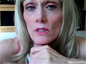 two penises For fledgling GILF mommy