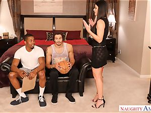 India Summers 3some game