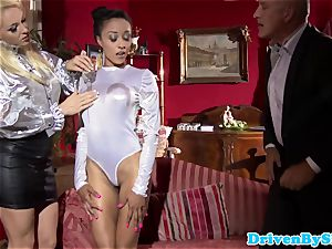 Bigtitted hookers cum-exchanging after triosex