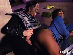 Kiki Minaj & Danny D - Klingons against the courageous squad of the Enterprise