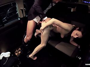 plumbed IN TRAFFIC - torrid car nail with killer Czech babe