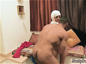 Have an fuckfest super-steamy arab girls attempt foursome