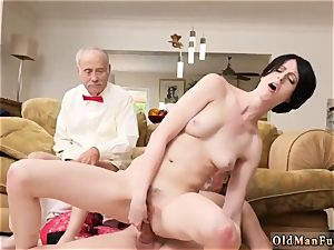 older man cums in nubile and catch jack off Frannkie goes down the Hersey highway