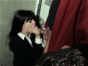 Penny Pax deep-throats of a stranger on a train