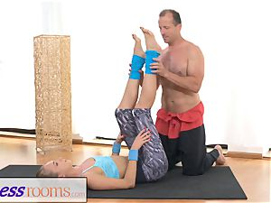 FitnessRooms Ivana Sugar total assets and cootchie stretch