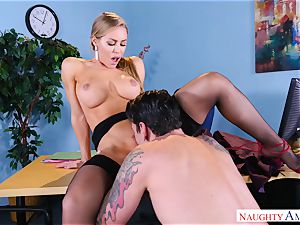 jizm hungry Nicole Aniston