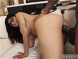 Arab maid and muslim nymph praises My huge black 3 way